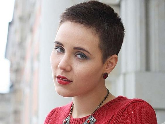 Groovy Hairstyles Shorts And Young Women On Pinterest Short Hairstyles Gunalazisus
