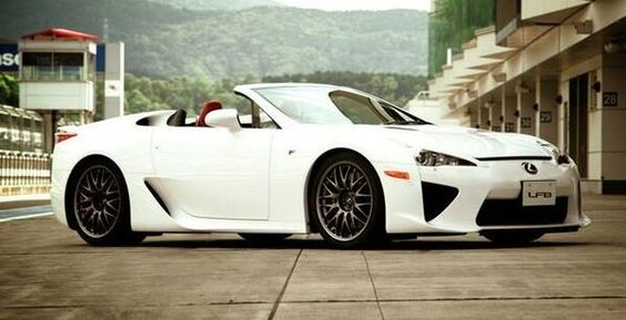Lexus LFB