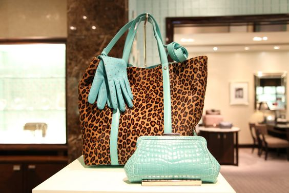 I am soooo lusting for this tote from Tiffany's!