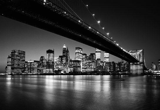 Quest'accessorio farà sì che la stanza non sarà solo un posto dove stare ; Photomurales Carta Da Parati Manhattan Skyline 366x254cm New York Skyline New York Wallpaper Night City