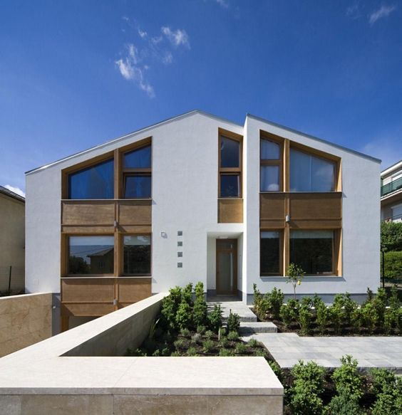 Wild Bird House in Budapest by DOP ARCHITECTURE