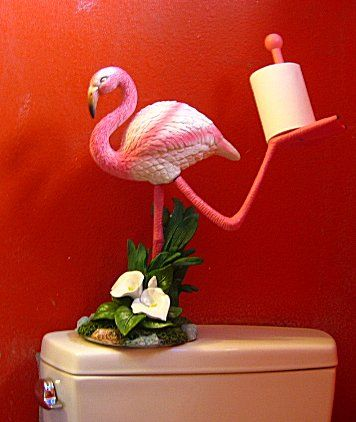 A flamingo holding your toilet paper!!!! What the...????