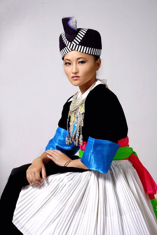 Hmong Dress Designs
