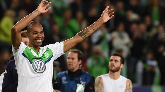 + Fußball, Transfers, Gerüchte +: Naldo glaubt an die Sensation in Madrid