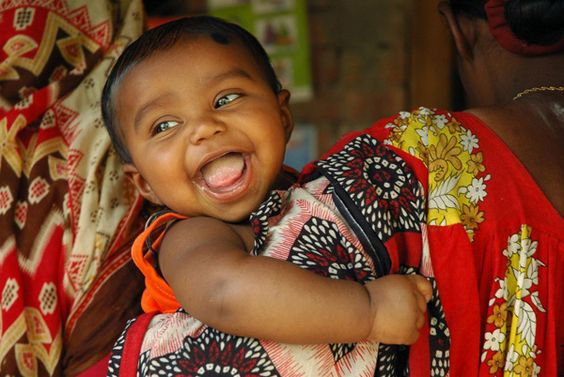 Healthy mothers, healthy babies  by UNICEF Bangladesh, via Flickr  child portrait