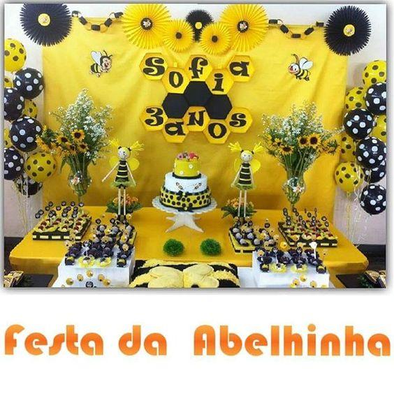 Festa da Abelinha #personalizados #festadaabelhinha #aiquerofesta #letsgoparty #party #festa #decoração