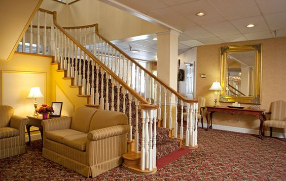 The Fountains at Greenbriar dining room is a place for residents to come and enjoy a meal!