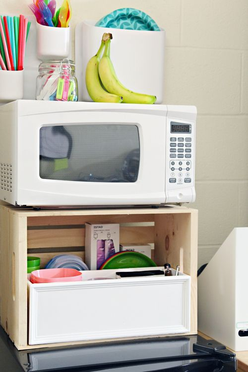 Use a wood storage crate above the refrigerator to store - College dorm storage ideas ...
