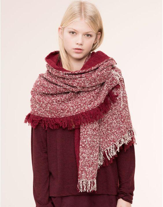 Pull&Bear - damen - schals und halstücher - marmorierte foulard-decke in granatrot - granatrot - 09844308-I2015
