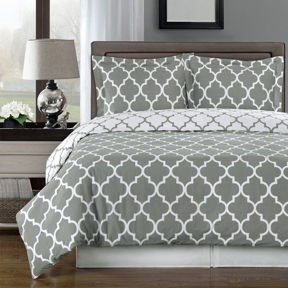 Amazon.com - Reversible Meridian Comforter Set, Elegant and Contemporary Bedding, 100% Egyptian Cotton 300 Thread Count, 4 Piece King/California King Size Comforter Set, Gray and White - $120