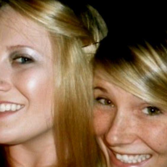 Sisterhood & smiles.