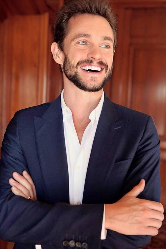 Hugh Dancy 2/2
