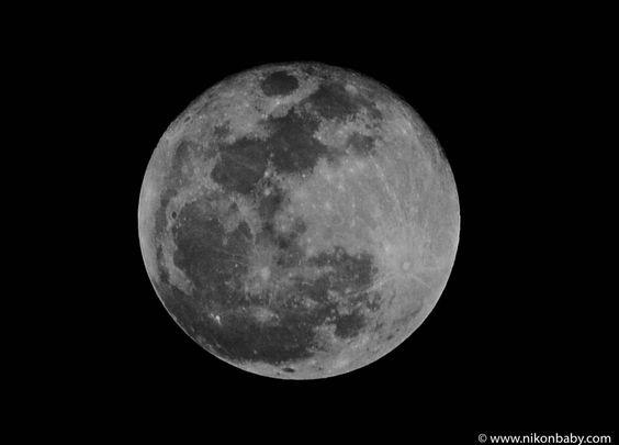 http://nikonbaby.com/blog/moon-photography/