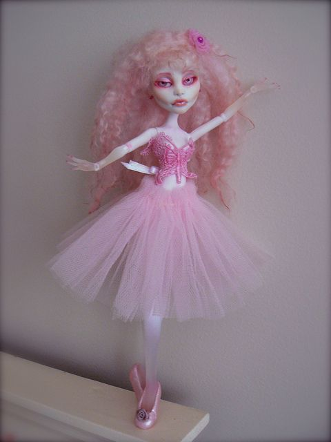 Fru Fru ... Monster High (Mattel) Spectra... OOAK custom/repaint/redress/wig/eyes by Xensbjds, from my Flickr A/C