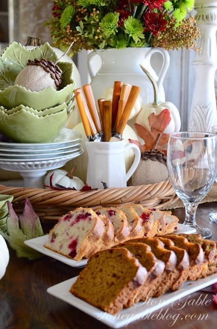 Thanksgiving continental breakfast vignette