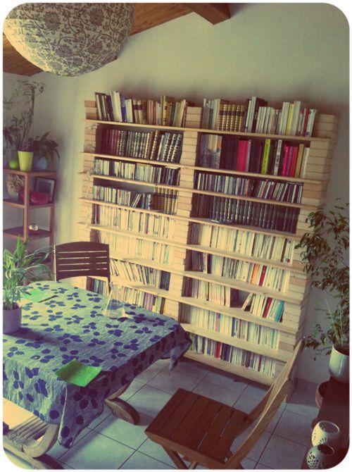 étagère en bois et briques  DIY déco  Pinterest  Maison, Bibliothèques et  -> Etager Bois Brique