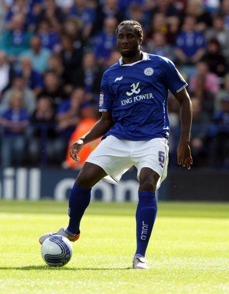 Sol Bamba Photos Photos: Leicester City v Brighton & Hove Albion ...