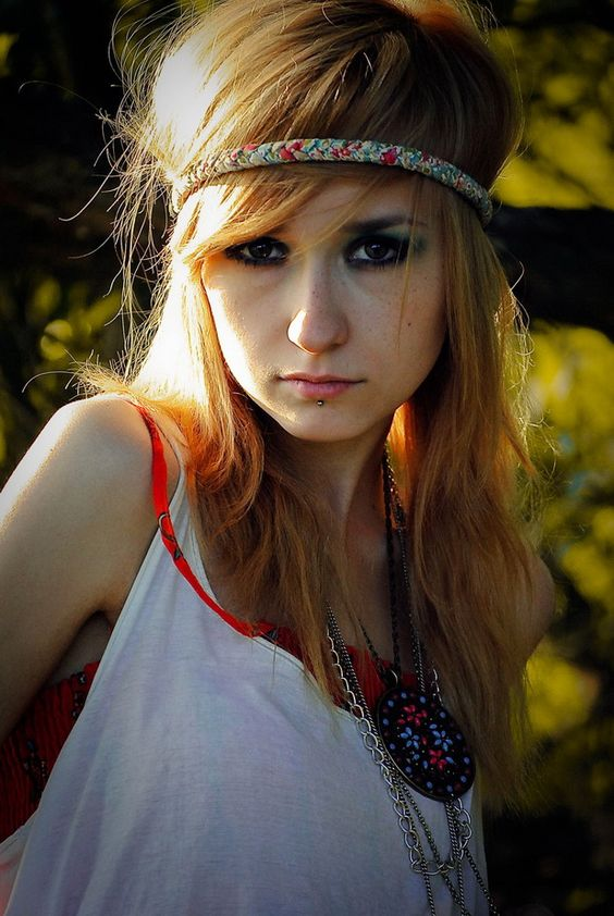 Hippie Hairstyles - 27 Cute Hairstyles For Hippie Girls |Hippies Short Hair And Makeup