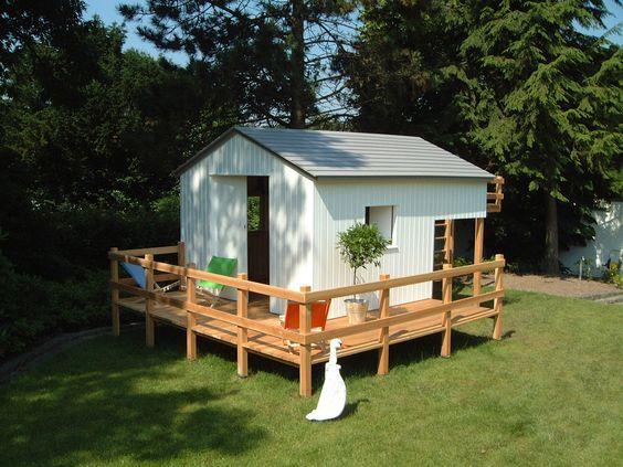 gartenhaus f r kinder mit integriertem kletterger st. Black Bedroom Furniture Sets. Home Design Ideas