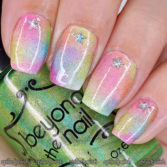 It's day 9 of The 31 Day Nail Art Challenge and today's challenge is Rainbow…