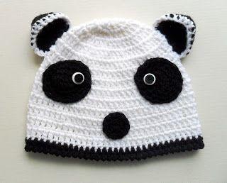 Gorro em crochet Panda