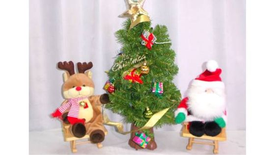 S176 かわいいミニクリスマスツリー60cm 小型 トナカイ サンタ_画像1