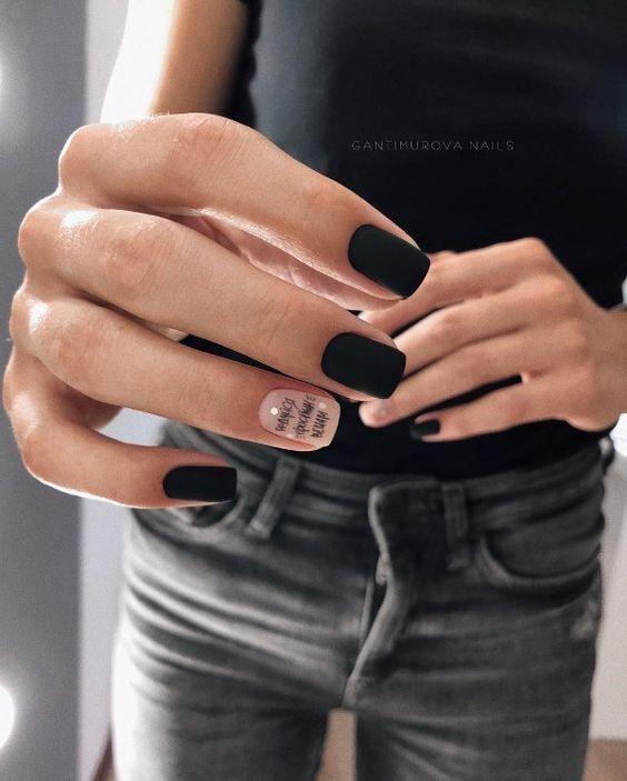 Красивый маникюр на короткие ногти 2020-2021: фото идеи маникюра на короткие ногти