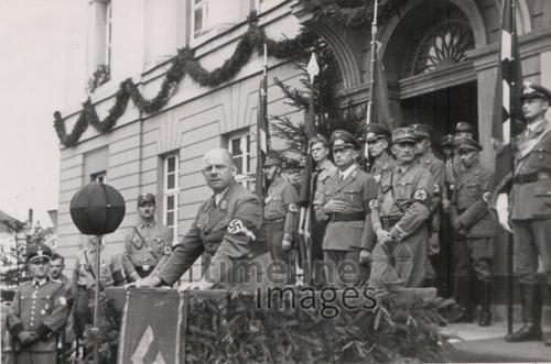 Fritz Sauckel in Zeulenroda MinnaT/Timeline Images/Timeline Images