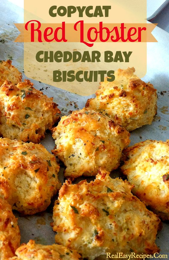 Copycat Red Lobster Cheddar Bay Biscuits, used TS garlic bread ...