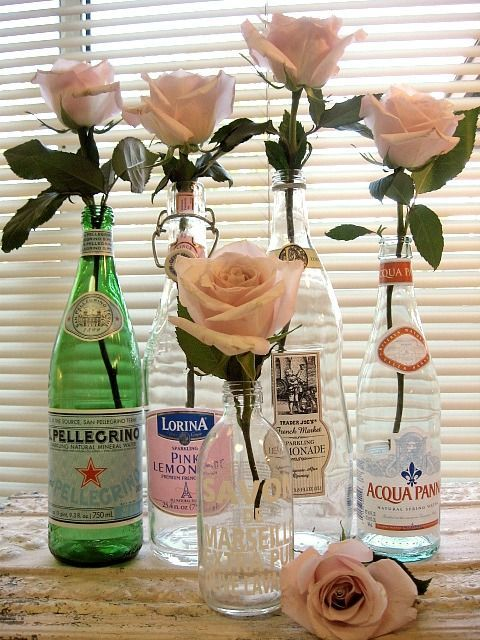 Different Vases...Am I the only one who thinks this is really pretty.  And there are those soft pink roses again.  Love them.