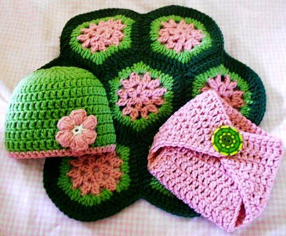Free Crochet Pattern Turtle Photo Prop : Crochet turtle photo prop for newborn baby girl ...