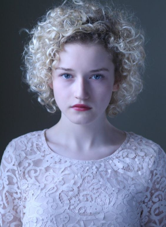 Julia Garner See Through 13 Photos: Pinterest • The World's Catalog Of Ideas
