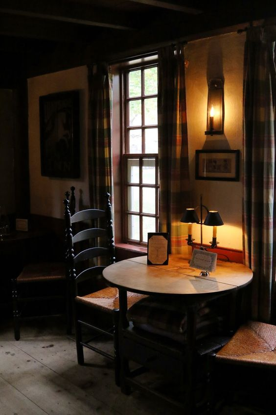 17th century tavern at Wayside Inn | New England Living | New ...