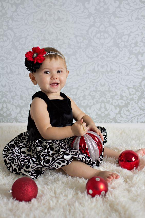 Holiday christmas baby headband by sassy sweethearts for Cute baby christmas photo ideas