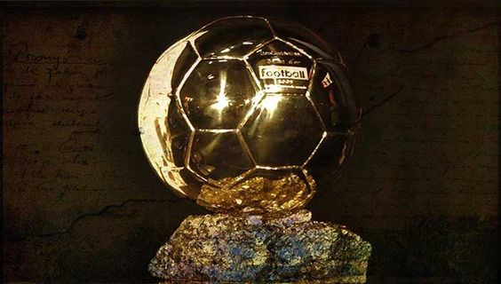 Non solo la sfida tra Ribery, Ronaldo e Messi per il Pallone d'Oro. Un ex campione accende una nuova miccia. Di Marika Tuccillo