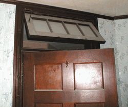 Transom Window with a Hinge
