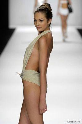Carmen Marc Valvo Spring 2007 - Olympus Fashion Week