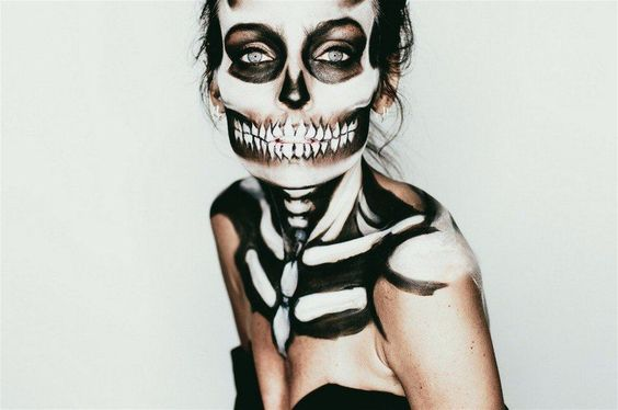 Spooky Skeleton Makeup Ideas You Should Wear This Halloween