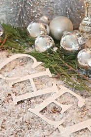 FRENCH COUNTRY COTTAGE: Simple New Years Eve decor
