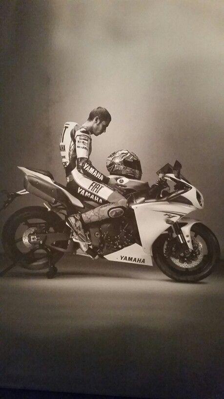 Valentino Rossi Yamaha YZF-R1