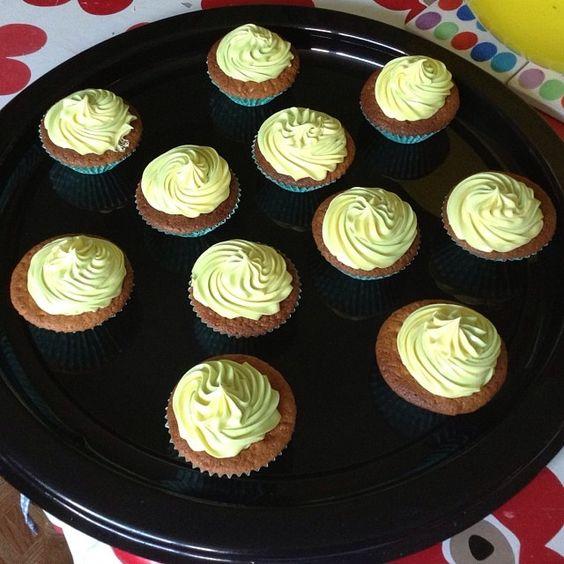 ... vanilla cupcakes, Homemade vanilla and Vanilla cupcakes on Pinterest