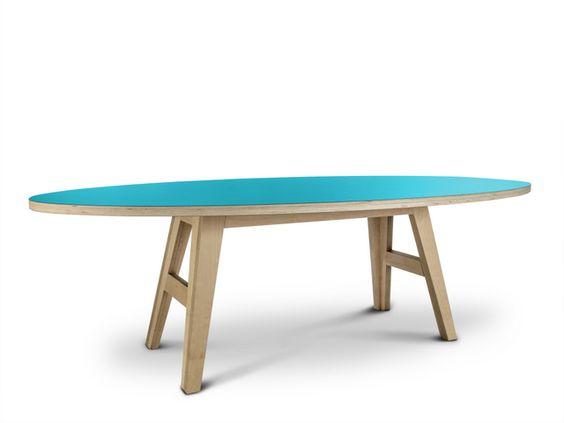 esstisch oval aus schichtholz. | tische, esstische, couchtische, Innenarchitektur ideen