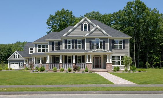 Farmhouse Style With Modern Colonial Elements