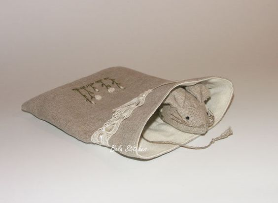 linen bag and mouse pincushion _ I made it :)