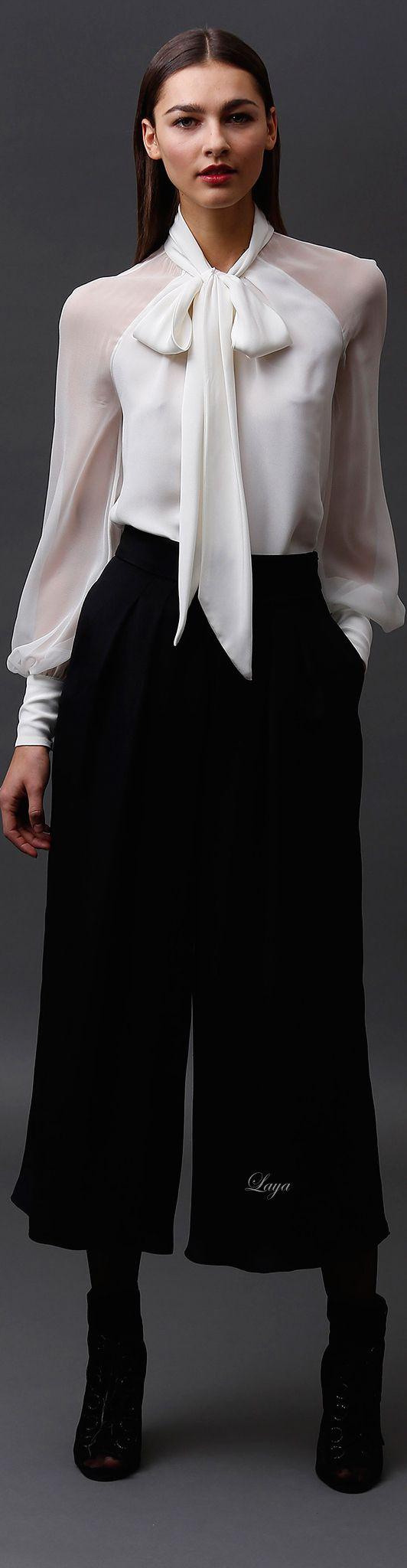 Eu não sei lidar com pantacourt, mas amo sou essa camisa, queria viver dentro dela pra sempre.:
