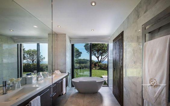 Dosis Arquitectura: Villa de lujo en Saint-Tropez, Francia
