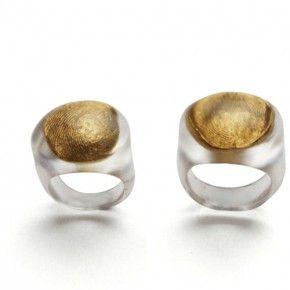 TENG FEI-CN , Wedding Rings of Xiao Tao and Xiao Duan-Shadow, 2011; silver, gold and rsin, diameter: 09cm/1.7cm