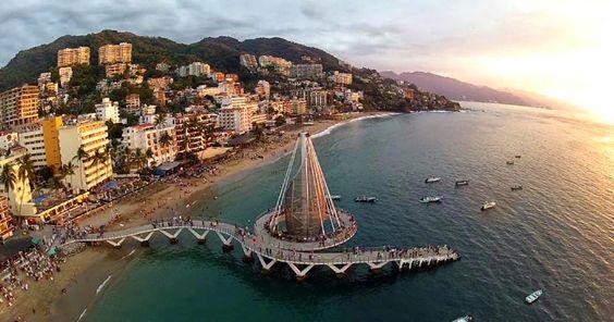 Video Inercial: Conoce #PuertoVallarta en 100 Segundos!! ¿Vives aquí o eres Vallartense? --- #MeGustaVallarta #Comparte el #Video!!...