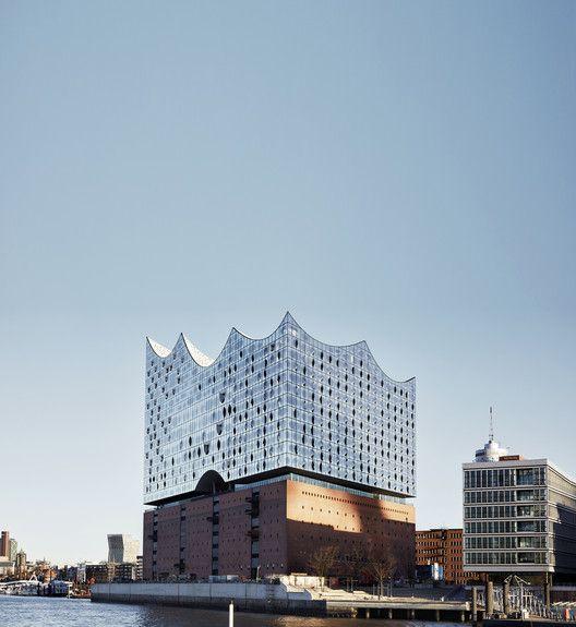 Gallery Of Elbphilharmonie Hamburg Herzog De Meuron 1 In 2020 Architecture Architecture Exterior Elbphilharmonie Concert Hall