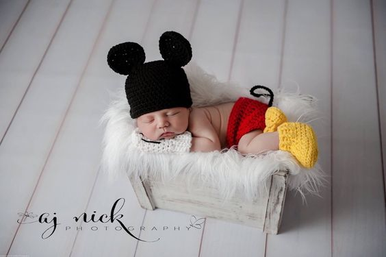 Newborn Mickey Mouse Photo prop by MilkMoneyCrochet on Etsy https://www.etsy.com/listing/248585809/newborn-mickey-mouse-photo-prop: